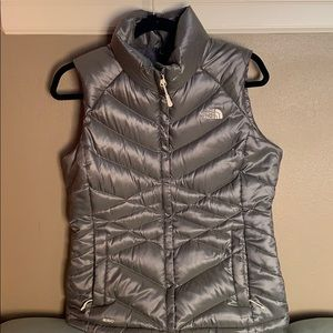 The North Face Aconcagua Vest Mettalic Silver Med
